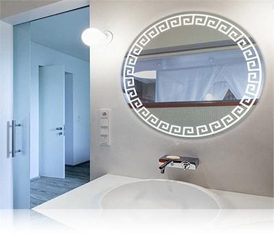 LED зеркало со светодиодной подсветкой круглое в ванной комнате